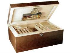 Хьюмидор Аdorini Matera Deluxe на 150 сигар