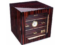 Хьюмидор-шкаф Lubinski на 100 сигар Q218