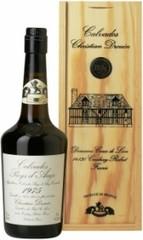 Кальвадос Coeur de Lion Calvados Pays d'Auge 1975, wooden box, 0.7 л