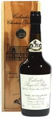 Кальвадос Coeur de Lion Calvados Pays d'Auge, 1993, wooden box, 0.7 л