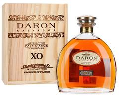 Кальвадос Daron Fine Calvados Pays d'Auge XO gift box, 0,7 л.