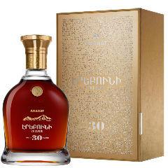 Коньяк Арарат Эребуни 30 gift box, 0,7 л.