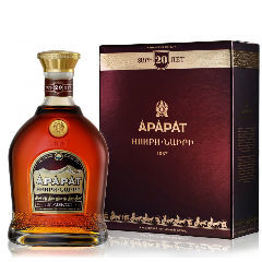 Коньяк Арарат Наири gift box, 0,7 л.