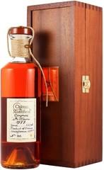 Коньяк Chateau de Montifaud Millesime 1977 Fine Petite Champagne AOC, wooden box, 0.5 л.
