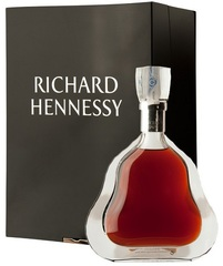 Коньяк Hennessy Richard Crystal Decanter with gift box, 0.7 л