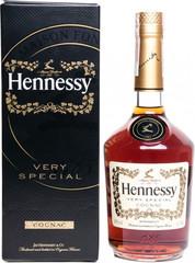 Коньяк Hennessy V.S, gift box, 0.7 л