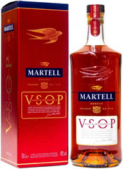 Коньяк Martell VSOP Aged in Red Barrels, gift box, 0.7 л