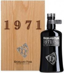 Виски Highland Park, 1971, wooden box, 0.7 л