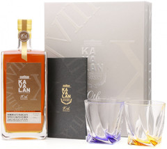 Виски Kavalan Bordeaux Margaux Wine Cask Matured, gift set with 2 glasse