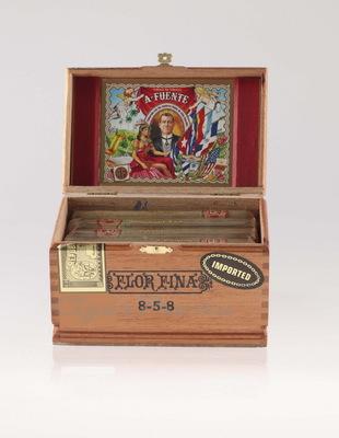 Сигары Arturo Fuente Gran Reserva Flor Fina 8-5-8 Claro вид 2