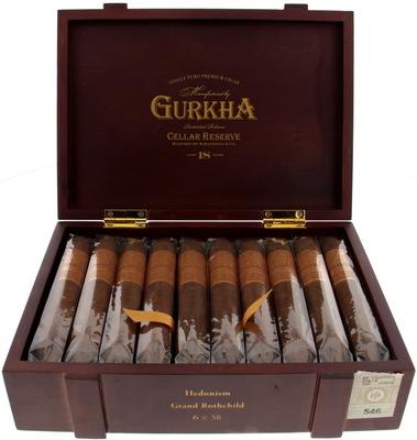 Сигары Gurkha Cellar Reserve Aged 18 years Grand Rothchild вид 1