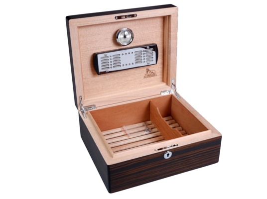 Хьюмидор Lubinski на 50 сигар Q4245 Макассар вид 2
